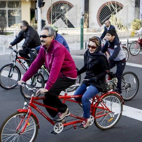 دوچرخه سواری تهرانیها